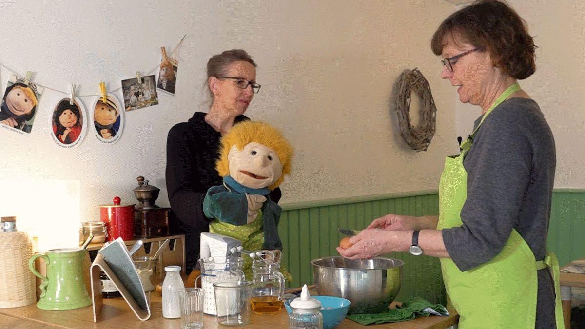 KESS dreht Kurzfilme für Familien – Handpuppe Katharina Kwährdenker wird zum Filmstar!