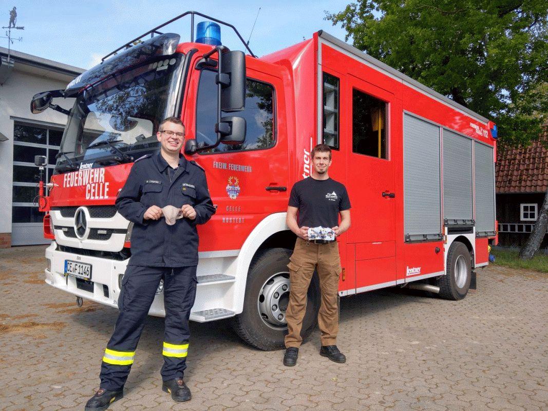 Feuerwehr Hustedt bekommt Mund-Nasenschutz von Firma FireBeCondA GmbH gesponsort