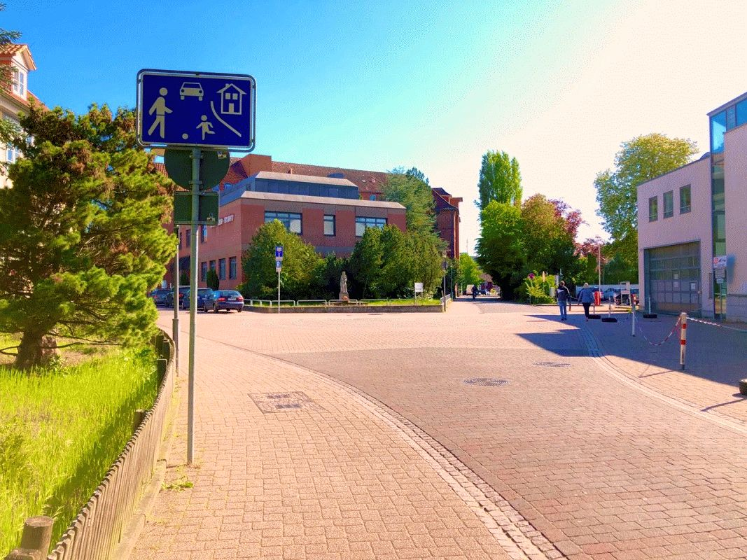 Quartier Bullenberg / Julius-von-der-Wall-Straße ist neuer verkehrsberuhigter Bereich
