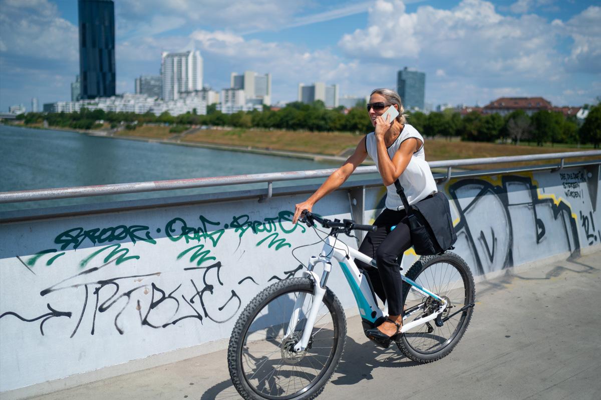 Sicher durch den Frühling: TÜV NORD gibt Tipps für ein gefahrloses Radfahren