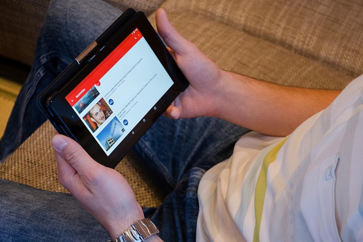 Noch keine Ausbildung klargemacht? Die Arbeitsagentur im YouTube-Chat