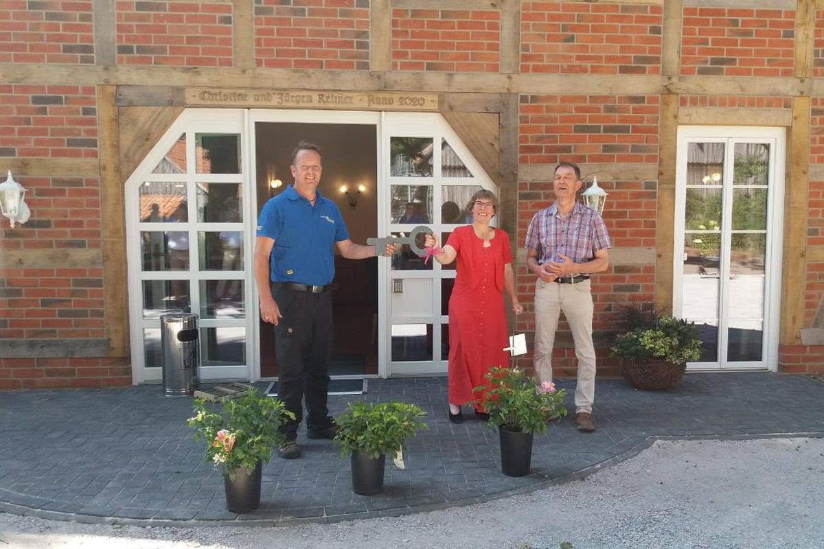 Eröffnung des neuen Landhauses des Traumzeithofs in Dalle