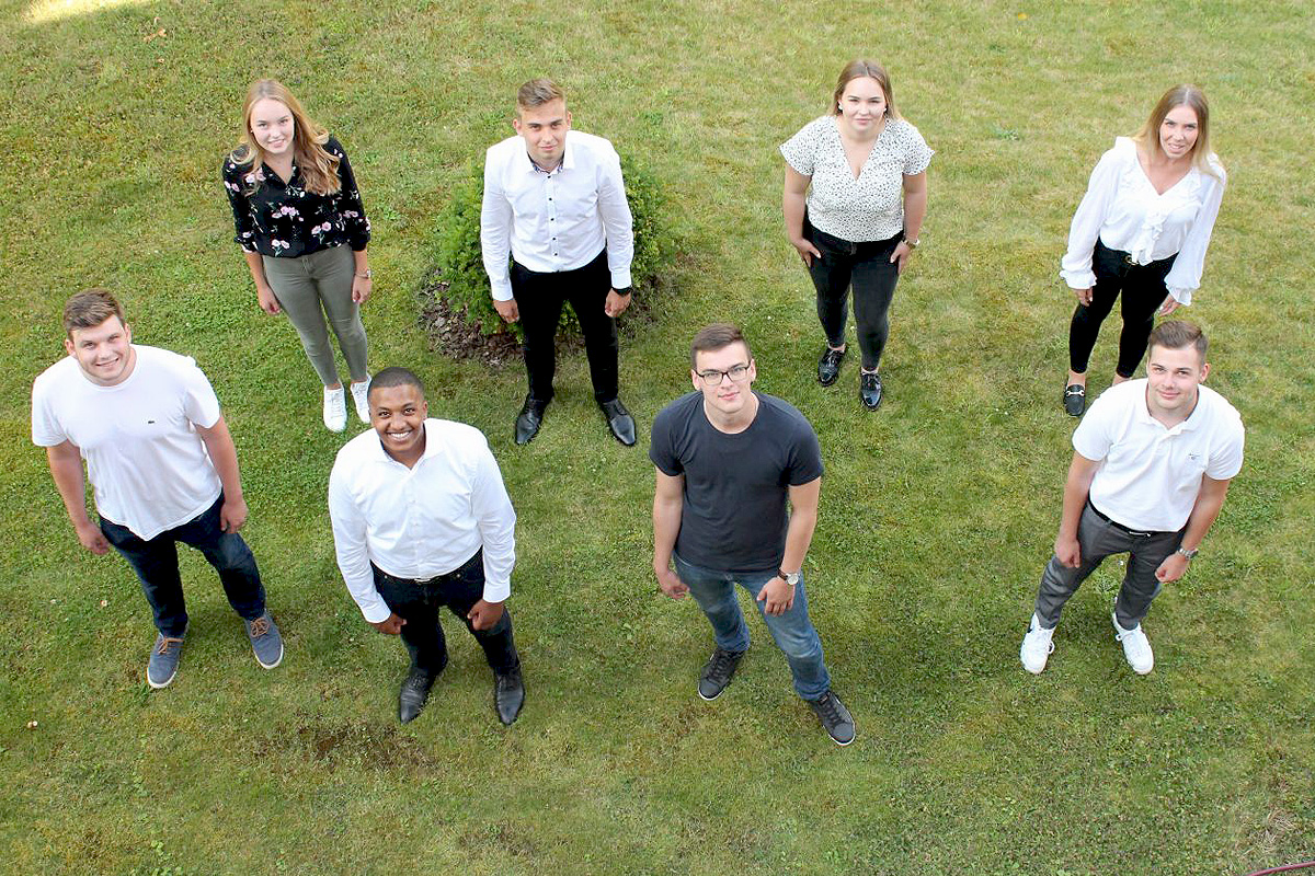 Volksbank eG Südheide – Isenhagener Land – Altmark: Acht Nachwuchskräfte starten ins Berufsleben
