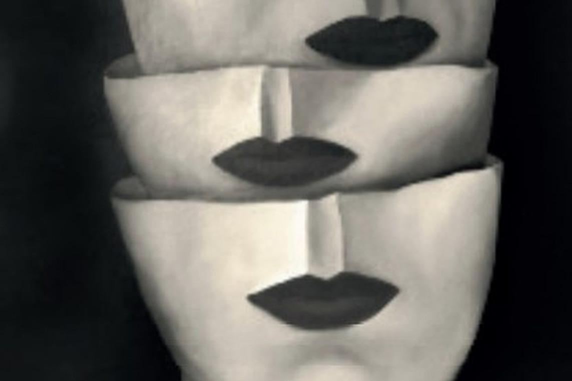 """Taissia Habekost zeigt eine besondere Technik – Vernissage """"Der Einriss"""" im atelier 22"""