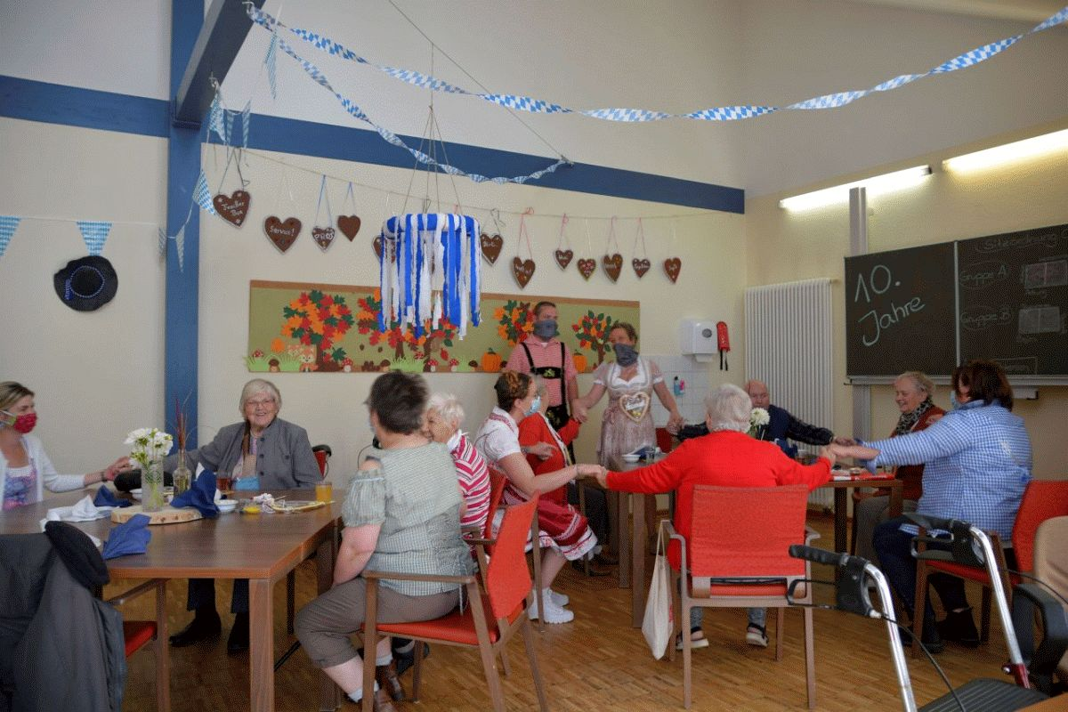"""""""…die Welt ein bisschen schöner machen…"""" – DRK-Tagespflegeeinrichtung in Hermannsburg feiert zehnjähriges Jubiläum"""