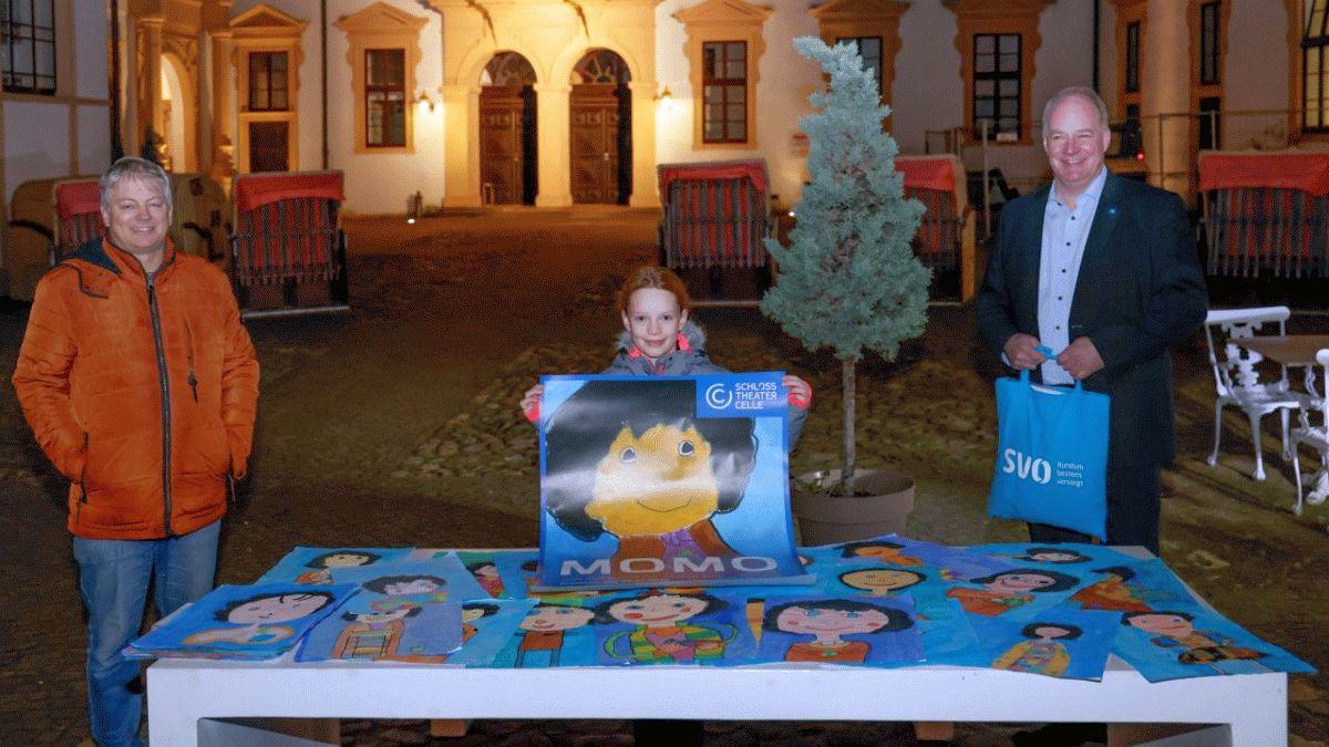 MOMO ist gemalt – Preisübergabe zum diesjährigen Plakat-Malwettbewerb am Schlosstheater
