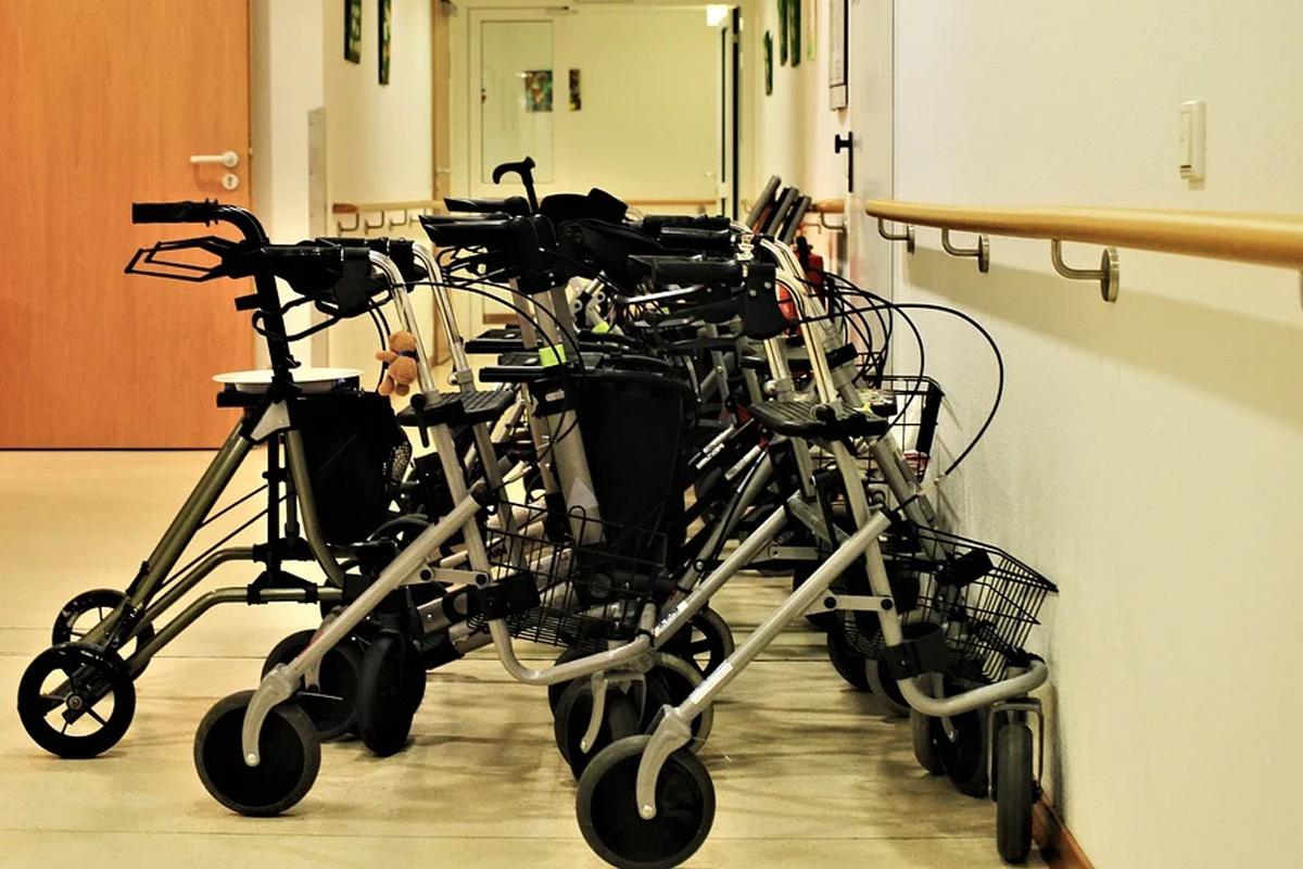 Pflegegewerkschaft BochumerBund: Alle Pflegenden müssen eine Prämie erhalten