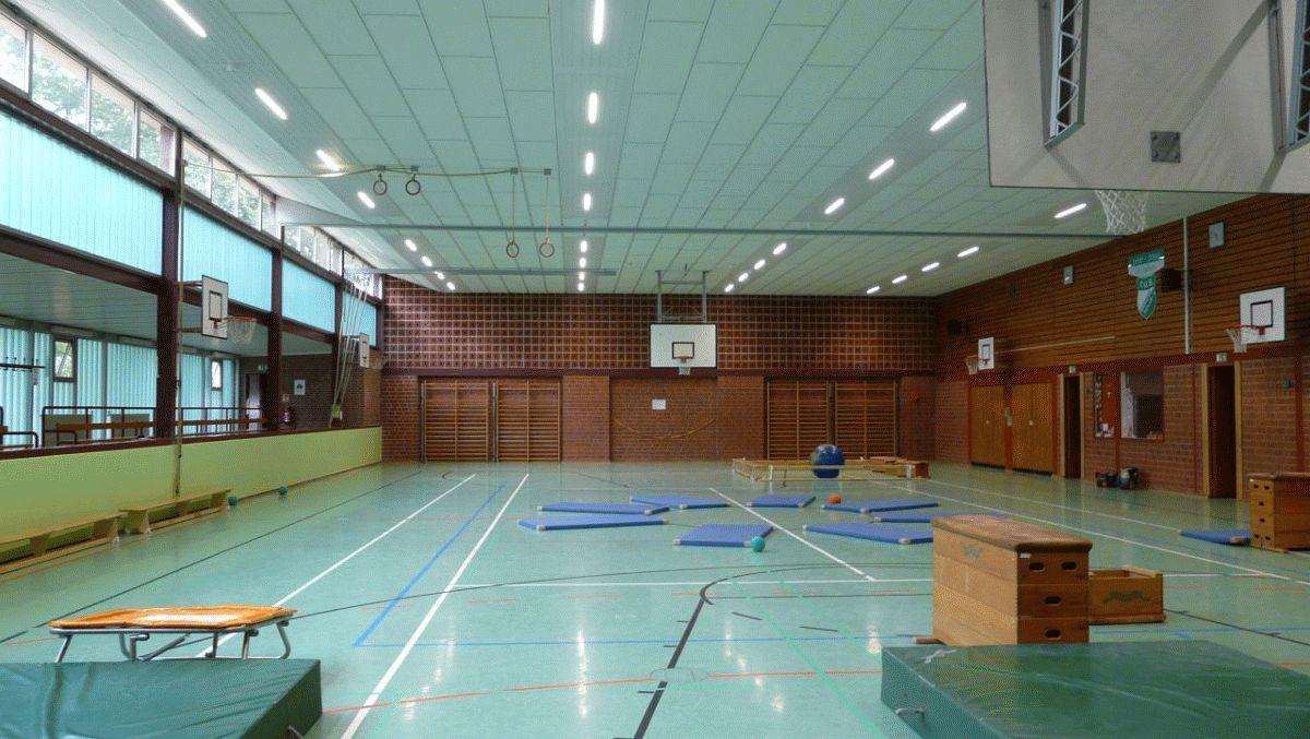 Sporthalle Sülze mit neuer energieeffizienter Beleuchtung ausgestattet