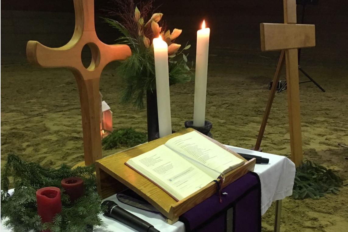 Gottesdienst auf dem Landgestüt am 2. Advent für Jung & Alt