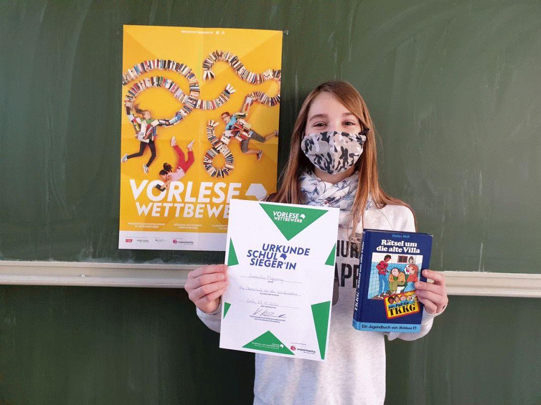 Isabella Klöpping siegt beim Vorlesewettbewerb der Oberschule an der Welfenallee