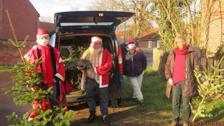 Künstler, Gewerkschafter, Journalisten schlagen Weihnachtsbäume für Gefährdete
