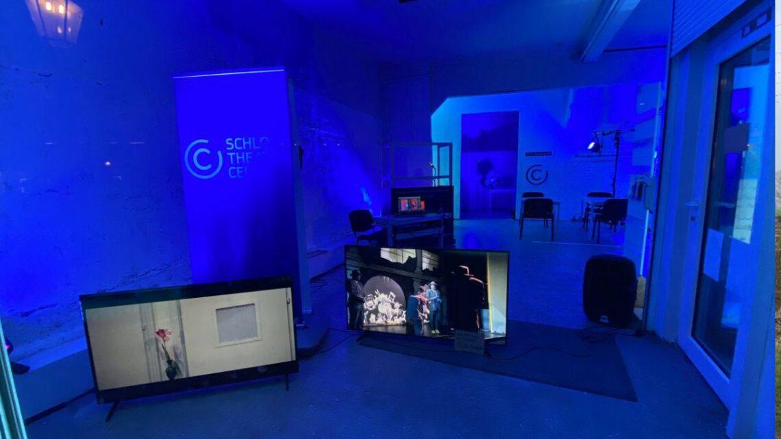 Schauraum des Schlosstheaters startet Aktionen – Mit Hörkultur und Gesprächsformaten durch die vorstellungsfreie Zeit