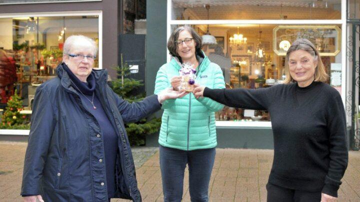 Soziales Engagement in der Mauernstraße: Keksverkauf für das Hospizhaus