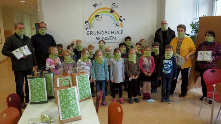 Verband Wohneigentum spendet Bandanas an Grundschule