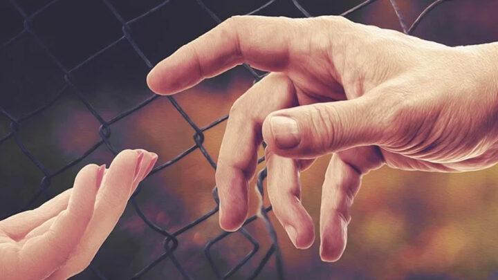 """Aufruf der Gesellschaft für bedrohte Völker: """"Gestrandeten Menschen helfen"""""""