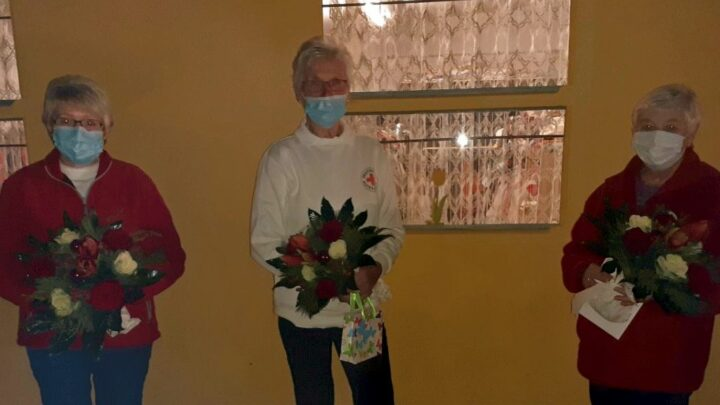 """Ursula Meyer, der """"Gute Geist der DRK Kleiderkammer"""" gibt die Leitung in jüngere Hände"""