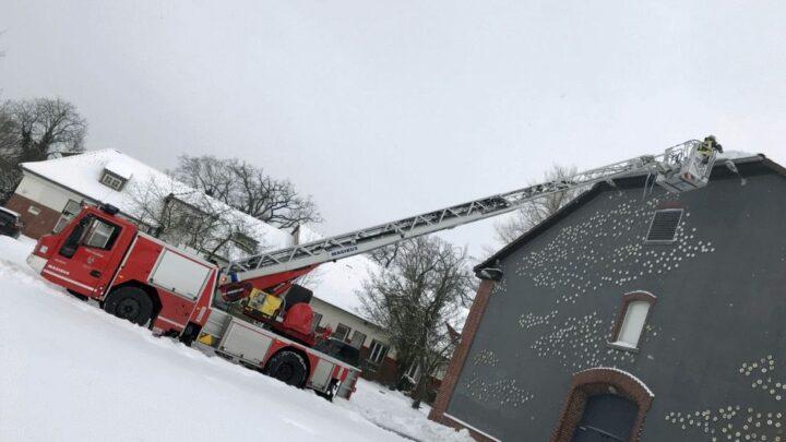 Eiszapfen entfernt – bisher wenige wetterbedingte Einsätze in der Stadt Celle