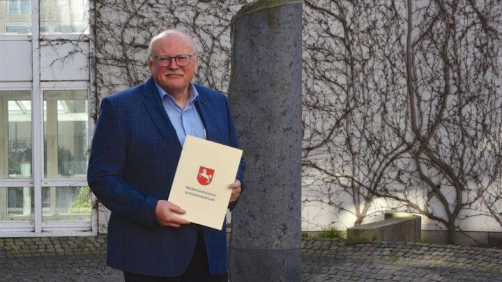 Ruhestand nach 25 Jahren am Oberlandesgericht – Richter am Oberlandesgericht Lothar Becker pensioniert