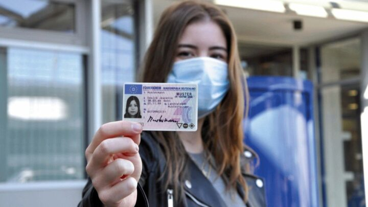 Die Führerscheinprüfung ist jetzt transparenter – Die optimierte praktische Fahrerlaubnisprüfung bewährt sich