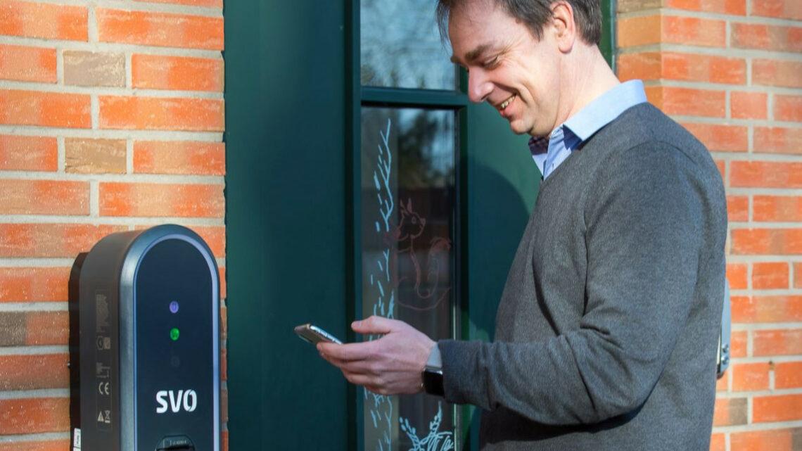 Erster SVO-Wallboxkunde lädt jetzt entspannt sein Elektroauto zu Hause auf
